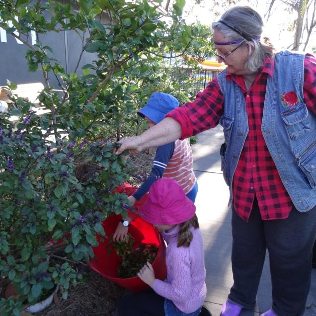 Sandra and kids - compost - 25 June 2016
